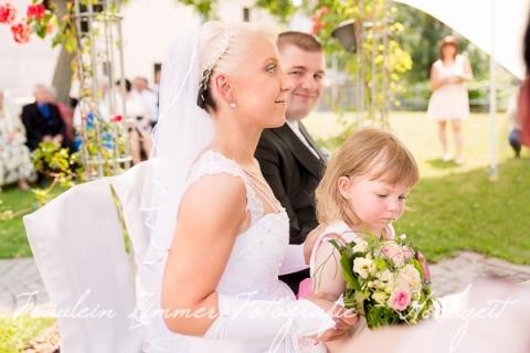 Hochzeitsfotograf Leipzig-Fotograf Leipzig¬¬-Hochzeitsfoto Leipzig-Portraitfotos Leipzig-Hochzeit Sachsen-Hochzeit Leipzig-Heiraten Vineta-Heiraten_Heiraten in Leipzig28