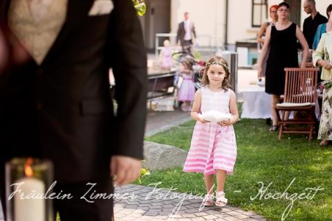 Hochzeitsfotograf Leipzig-Fotograf Leipzig¬¬-Hochzeitsfoto Leipzig-Portraitfotos Leipzig-Hochzeit Sachsen-Hochzeit Leipzig-Heiraten Vineta-Heiraten_Heiraten in Leipzig33
