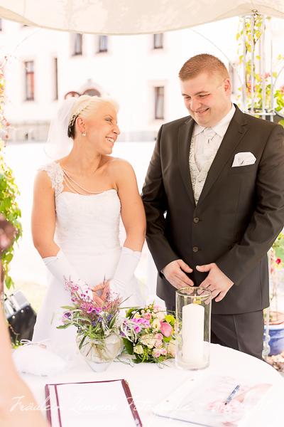 Hochzeitsfotograf Leipzig-Fotograf Leipzig¬¬-Hochzeitsfoto Leipzig-Portraitfotos Leipzig-Hochzeit Sachsen-Hochzeit Leipzig-Heiraten Vineta-Heiraten_Heiraten in Leipzig35