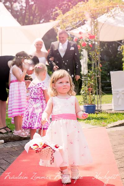 Hochzeitsfotograf Leipzig-Fotograf Leipzig¬¬-Hochzeitsfoto Leipzig-Portraitfotos Leipzig-Hochzeit Sachsen-Hochzeit Leipzig-Heiraten Vineta-Heiraten_Heiraten in Leipzig37