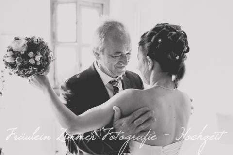 Hochzeitsfotograf Leipzig-Fotograf Leipzig¬¬-Hochzeitsfoto Leipzig-Portraitfotos Leipzig-Hochzeit Sachsen-Hochzeit Leipzig-Heiraten in Sachsen- Heiraten in grimma0024