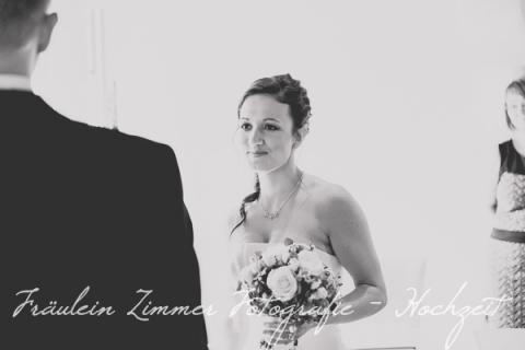 Hochzeitsfotograf Leipzig-Fotograf Leipzig¬¬-Hochzeitsfoto Leipzig-Portraitfotos Leipzig-Hochzeit Sachsen-Hochzeit Leipzig-Heiraten in Sachsen- Heiraten in grimma0025