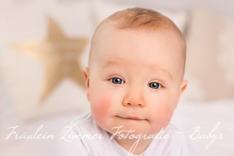 Babyfotoshooting Baby Leipzig Babyfotograf Kinderlachen Baby 9 Monate (4)
