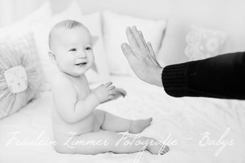 Babyfotoshooting Baby Leipzig Babyfotograf Kinderlachen Baby 9 Monate (8)