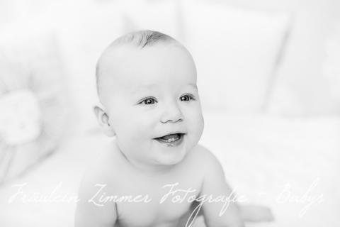 Babyfotoshooting Baby Leipzig Babyfotograf Kinderlachen Baby 9 Monate (9)