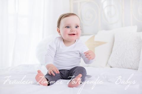 Baby_Babyfotograf Leipzig_Babybilder Leipzig_Babybilder Sachsen_Babyfotograf Sachsen_Homestory Leipzig_Fotograf Leipzig_Fotograf Mölkau_Fräulein Zimmer Fotografie-9