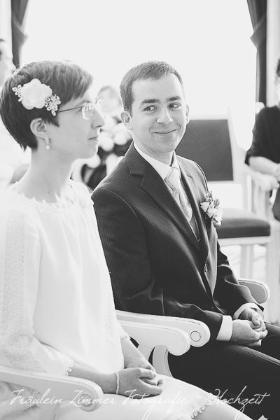 Hochzeitsfotograf Leipzig, Heiraten in Leipzig, Hochzeitsreportage, Brautpaar, Markkleeberg, weißes Haus Leipzig, Standesamt Leipzig (6)
