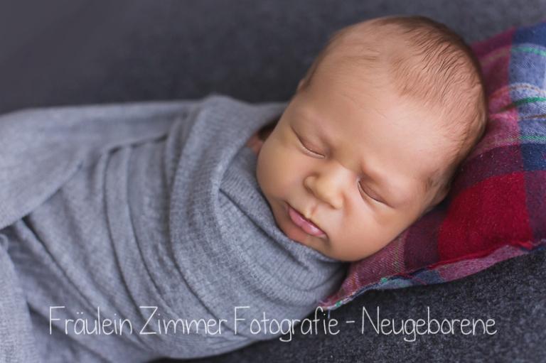 baby_babyfotograf-leipzig_babybilder-leipzig_babybilder-sachsen_babyfotograf-sachsen_homestory-leipzig_fotograf-leipzig-13