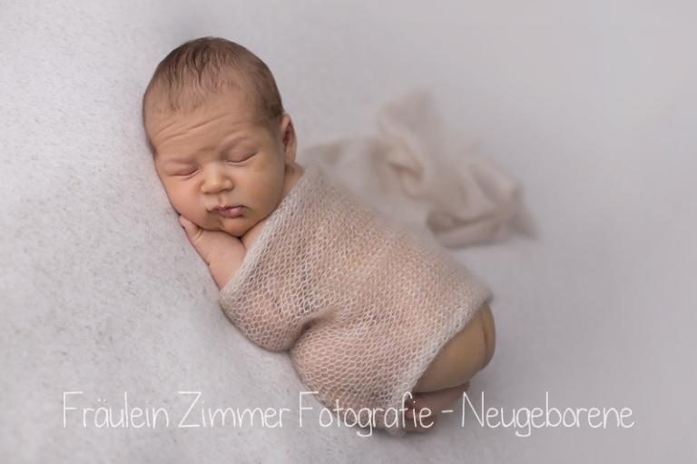 baby_babyfotograf-leipzig_babybilder-leipzig_babybilder-sachsen_babyfotograf-sachsen_homestory-leipzig_fotograf-leipzig-8