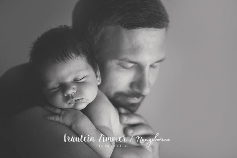 Besonderes Babyshooting in Leipzig mit Eurem Neugeborenen